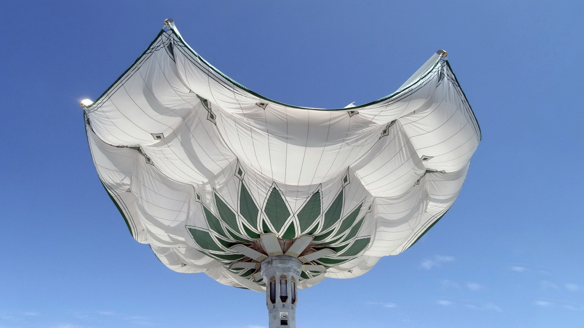 伸缩折叠开合式建筑雨伞